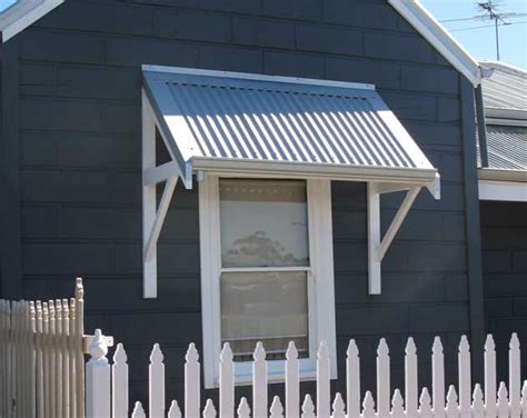 dreaming    existent shack colour scheme timber