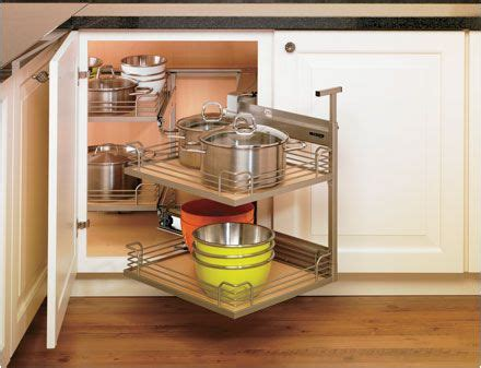 which kitchen cabinets are best 25 best ideas about cabinet carousels on 1725