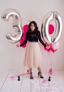 Stunning 30th Birthday Cake Smash Photoshoot | Parties365