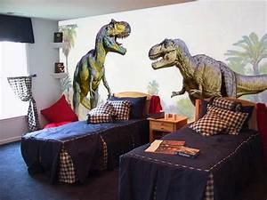 wall mural inspiration ideas for little boys39 rooms With boys room dinosaur decor ideas