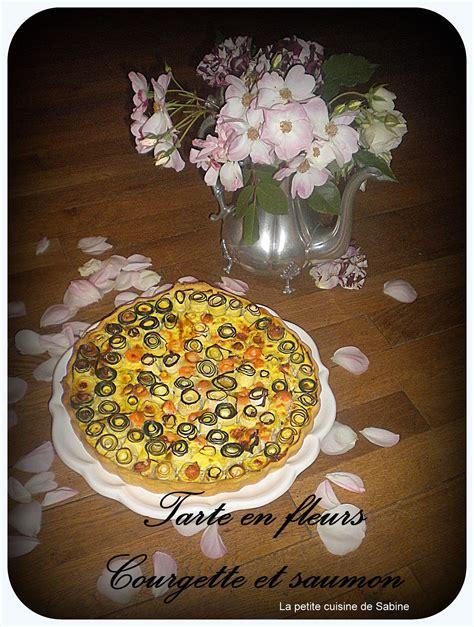 recettes de cuisine en vid駮s tarte en fleurs courgette et saumon pas cher recette sur cuisine actuelle