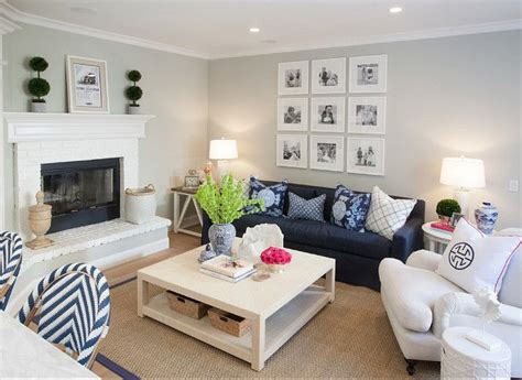 Small Family Room Decorating Ideas by Best 25 Small Family Rooms Ideas On Small
