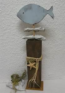 Deko Fische Zum Aufhängen : gro er deko holz pfosten mit fisch und treibholz liebevoll ~ Lizthompson.info Haus und Dekorationen
