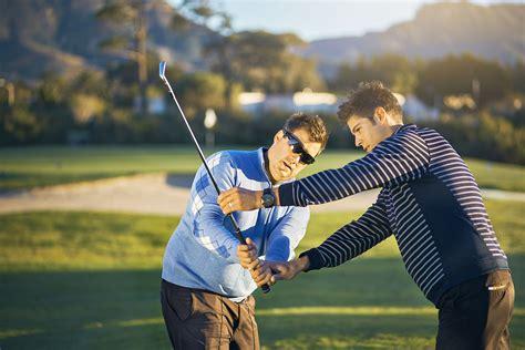 How to choose a golf coach