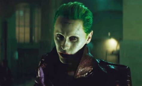 fans launch petition  dc comics    joker gay