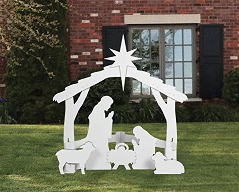 large outdoor nativity scenes bring  true meaning