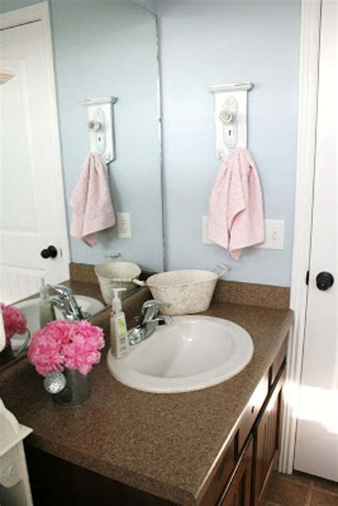 Bathroom Decorating Ideas For Adults by 35 Diy Bathroom Decor Ideas You Need Right Now