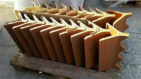 decorative victorian crested clay ridge tile  red ebay