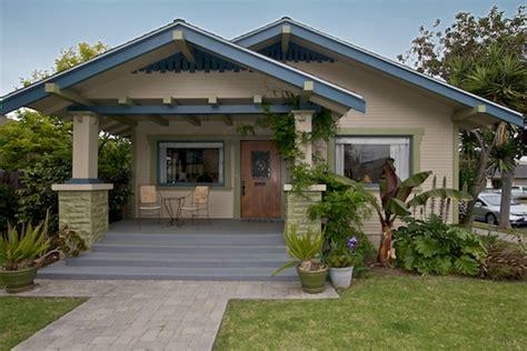 California Bungalow  367 Temple Ave, Long Beach