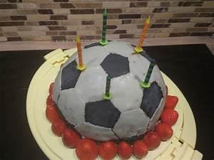 Fußball Torte Rezept : fu ball kuchen rezept mit bild von amerikanisch kochende ~ Lizthompson.info Haus und Dekorationen