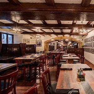 Yankee Doodle Tap Room Restaurant