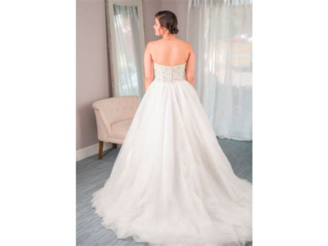 David Tutera Luca (to Rent Or Buy), 0 Size