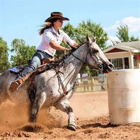 barrel racing horses horse race riding rodeo game county types spurs pretty barrelracing run