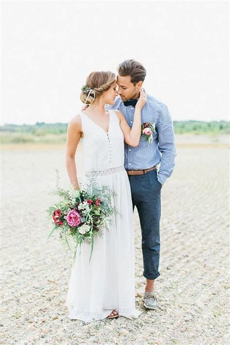 Best 25+ Beach groom ideas on Pinterest | Beach wedding groomsmen attire Beach wedding attire ...