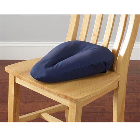 the sciatica relieving cushion hammacher schlemmer