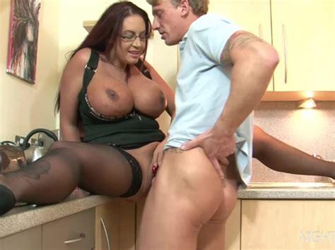 Kitchen Sex With My Busty Stepmom Free Porn Videos