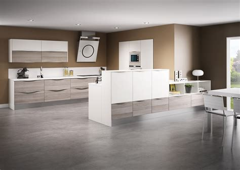 stratifié dans cuisine cuisine modèle sciée en stratifié décor bois cuisine