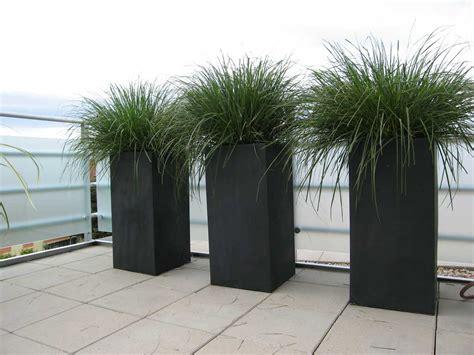 pflanzkübel fiberglas pflanzk 252 bel impressionen aus prag referenzkundenblog pflanzk 252 beln ae trade