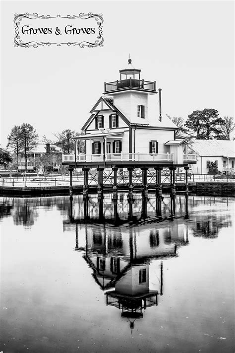 Roanoke River Lighthouse Edenton NC | groves and groves blog