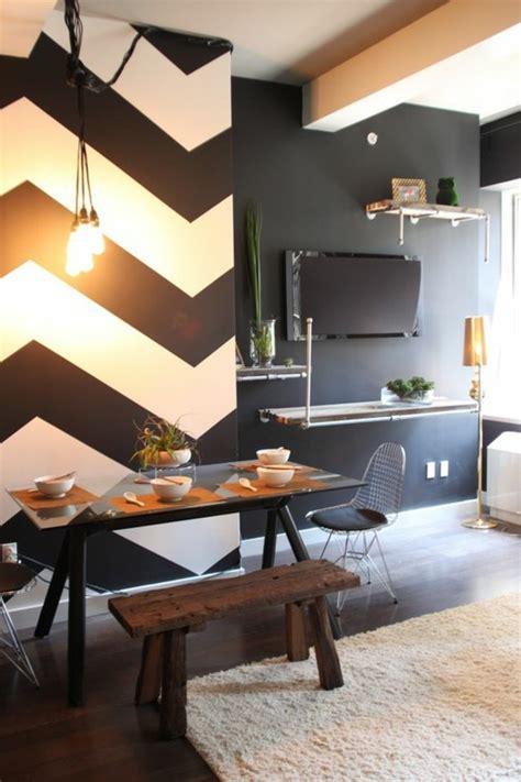 Wand Schwarz Streichen by Geometrische Formen Tolle Wandgestaltung Mit Farbe