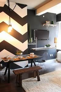 Wand Schwarz Streichen : geometrische formen tolle wandgestaltung mit farbe ~ Fotosdekora.club Haus und Dekorationen