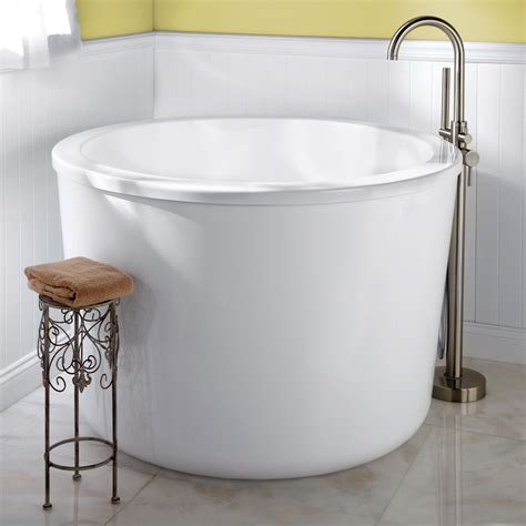 small soaking tub 47 quot caruso round japanese soaking tub overflow no faucet holes oil rubbed ebay