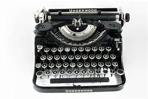 Antique Typewriter - Underwood | Omero Home