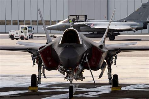 ASV, Lielbritānijas un Francijas gaisa spēki piedalās ...