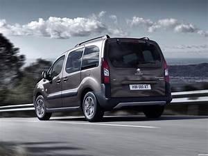 Peugeot Partner Tepee Outdoor : fotos de peugeot partner tepee outdoor 2015 foto 10 ~ Gottalentnigeria.com Avis de Voitures