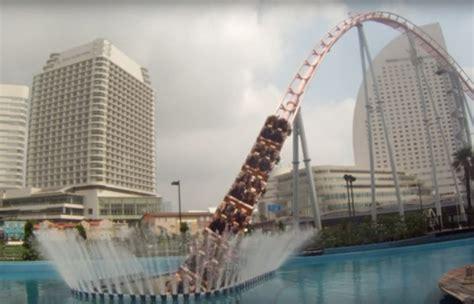 Underwater Vanishing Rollercoaster Shoots Through