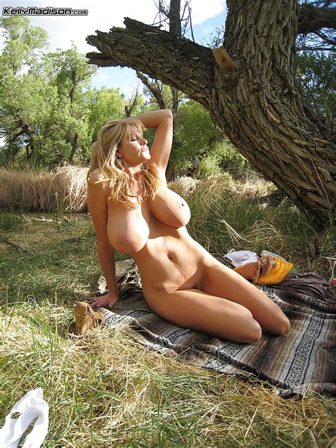 Outdoor Posing Scene Of An Amateur Milf Babe In A Lingerie