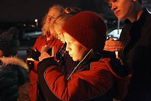 Praying, singing for life in Bettendorf