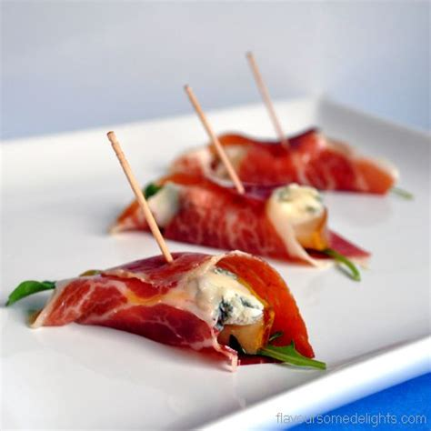 beautiful canapes recipes pears with gorgonzola and pata negra canapes recipe