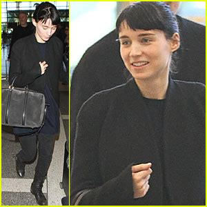 They started dating in 2016 and. Rooney Mara's Dad: 'Oscars are Her Super Bowl' | Rooney ...