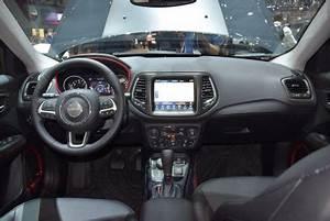 Volume Coffre Jeep Compass : a bord du jeep compass au salon de gen ve ~ Medecine-chirurgie-esthetiques.com Avis de Voitures