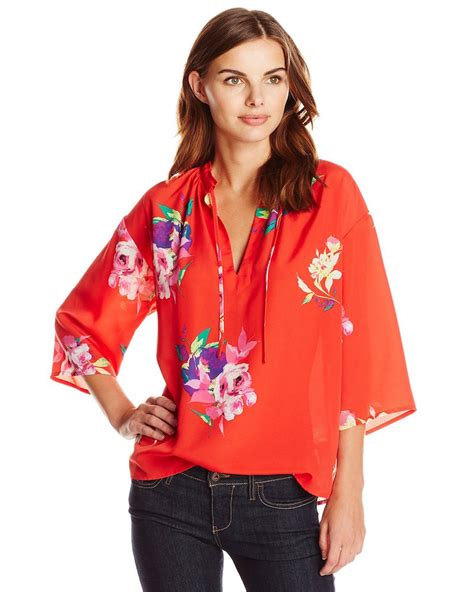 hawaiian print blouses amazon style code live florals with popsugar