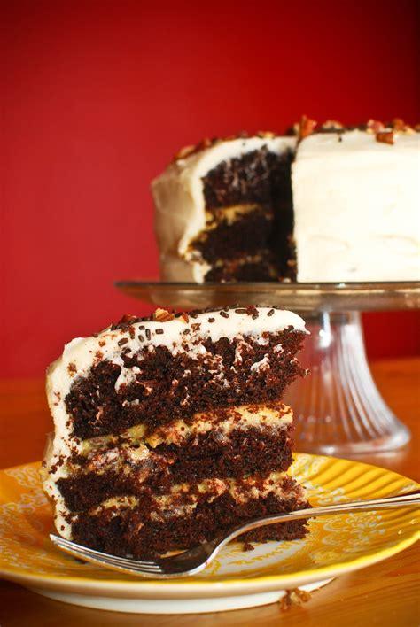 eat run read cake   week chocolate layer cake