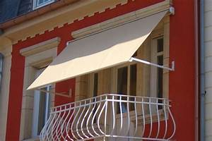 Balkonmarkisen als wetter und sichtschutz 45 ideen for Markise balkon mit tapeten bei toom