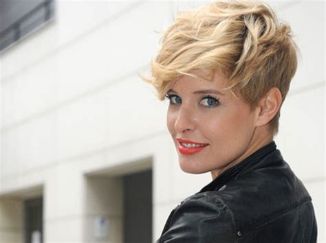 Trendy Short Haircuts For Women Haircut Hairstyles Bob Stacked In Back Hair Color Winter 2016 Layered For Curly Updo Trends 2014 Long Cute Girl To School Updos Make Your Grow Me Look Younger