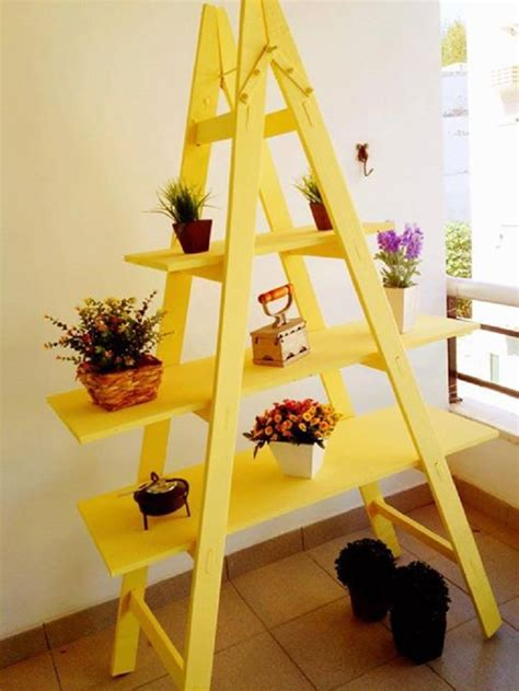 10 Effective Ways Make Living Room Stand by Top 10 Ways To Use Your Rustic Ladder When Decorating