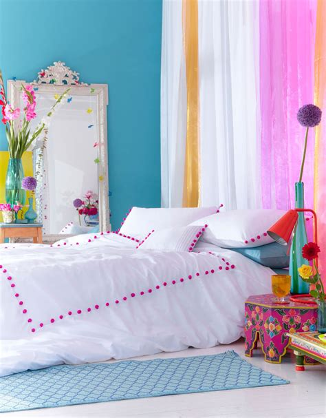 pom pom king duvet accessorize colourful bedroom cool  kids room  teen room bright