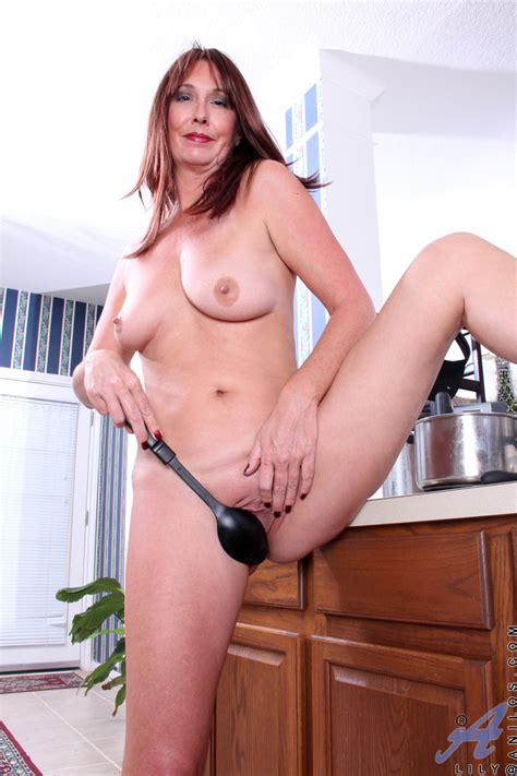 freshest mature women on the net featuring anilos lily mature pussy spicyhardcore