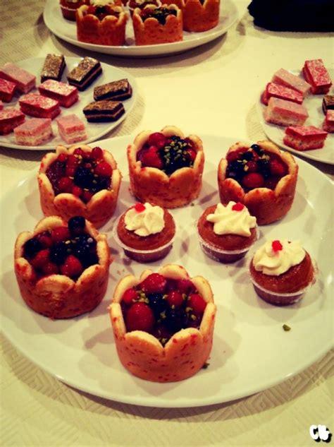 dessert de no 235 l aux fruits et baba au rhum et petits canap 233 s the news times