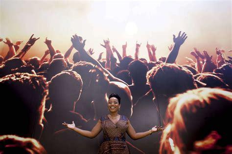 Yola semedo carlito audio downloads gratis de mp3, baixar musicas gratis naphi , reune um imenso catalogo de links de outros site para voce baixar tudo em um so lugar. Os conselhos de Yola Semedo aos cantores nacionais - Rede Angola - Notícias independentes sobre ...