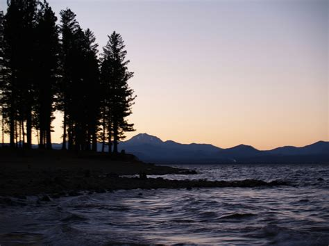 Chester, CA : Sunset on Lake Almanor looking towards ...
