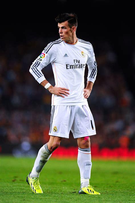 Gareth Bale - Gareth Bale Photos - FC Barcelona v Real ...