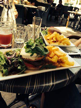 hamburger foto di au bureau salon de provence tripadvisor