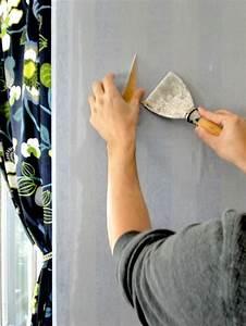 Decolle Papier Peint : recoller papier peint question travaux papier peint recoller du papier peint conseils des ~ Dallasstarsshop.com Idées de Décoration