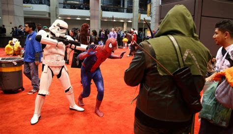 Chicago's C2E2 comic expo seeing growing crowds, business ...
