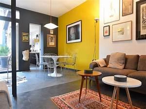 Decoration Mur Interieur Salon : jaune gris home pinterest salon jaune d co salon et deco ~ Teatrodelosmanantiales.com Idées de Décoration